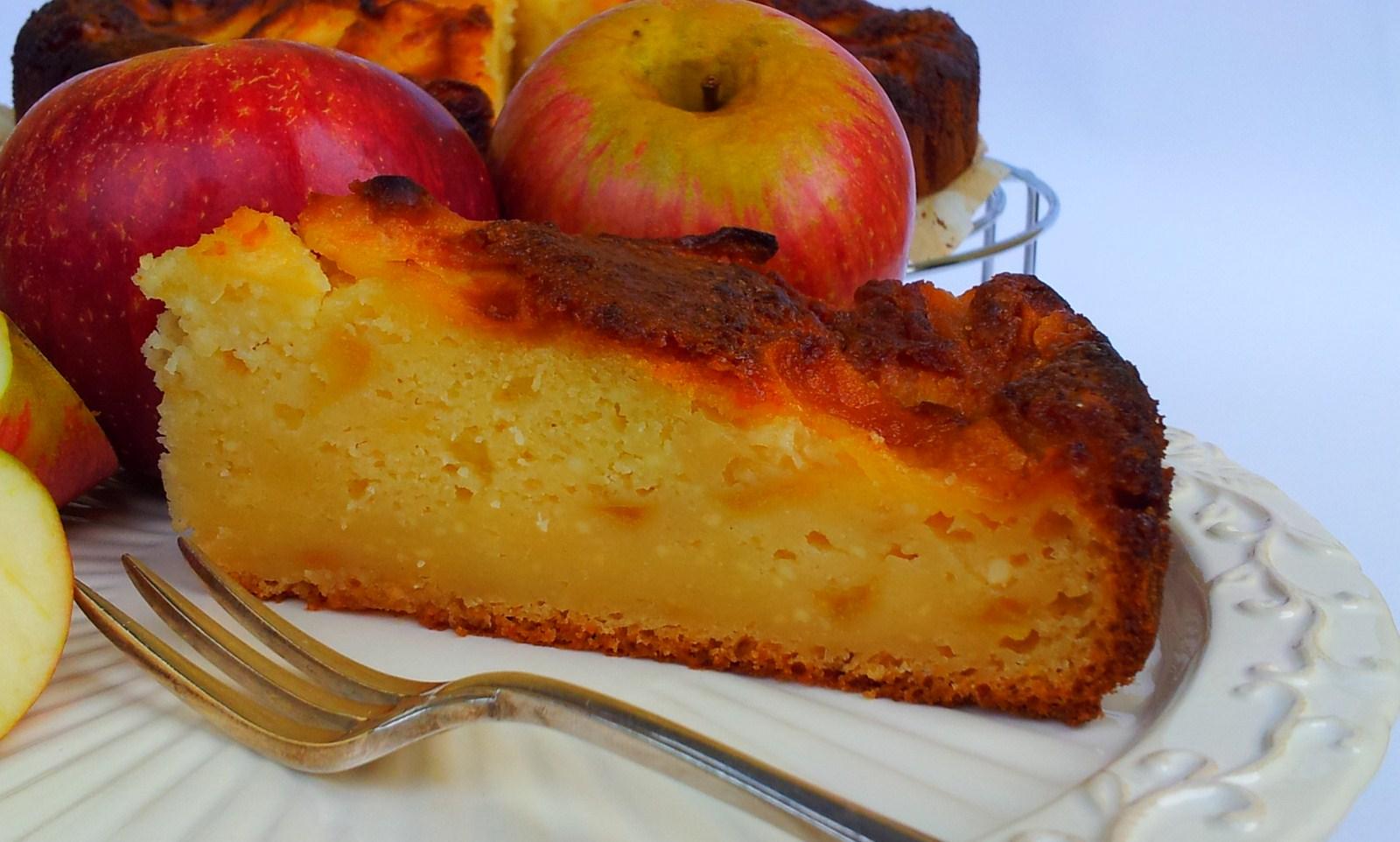Torta morbida di mele e ricotta