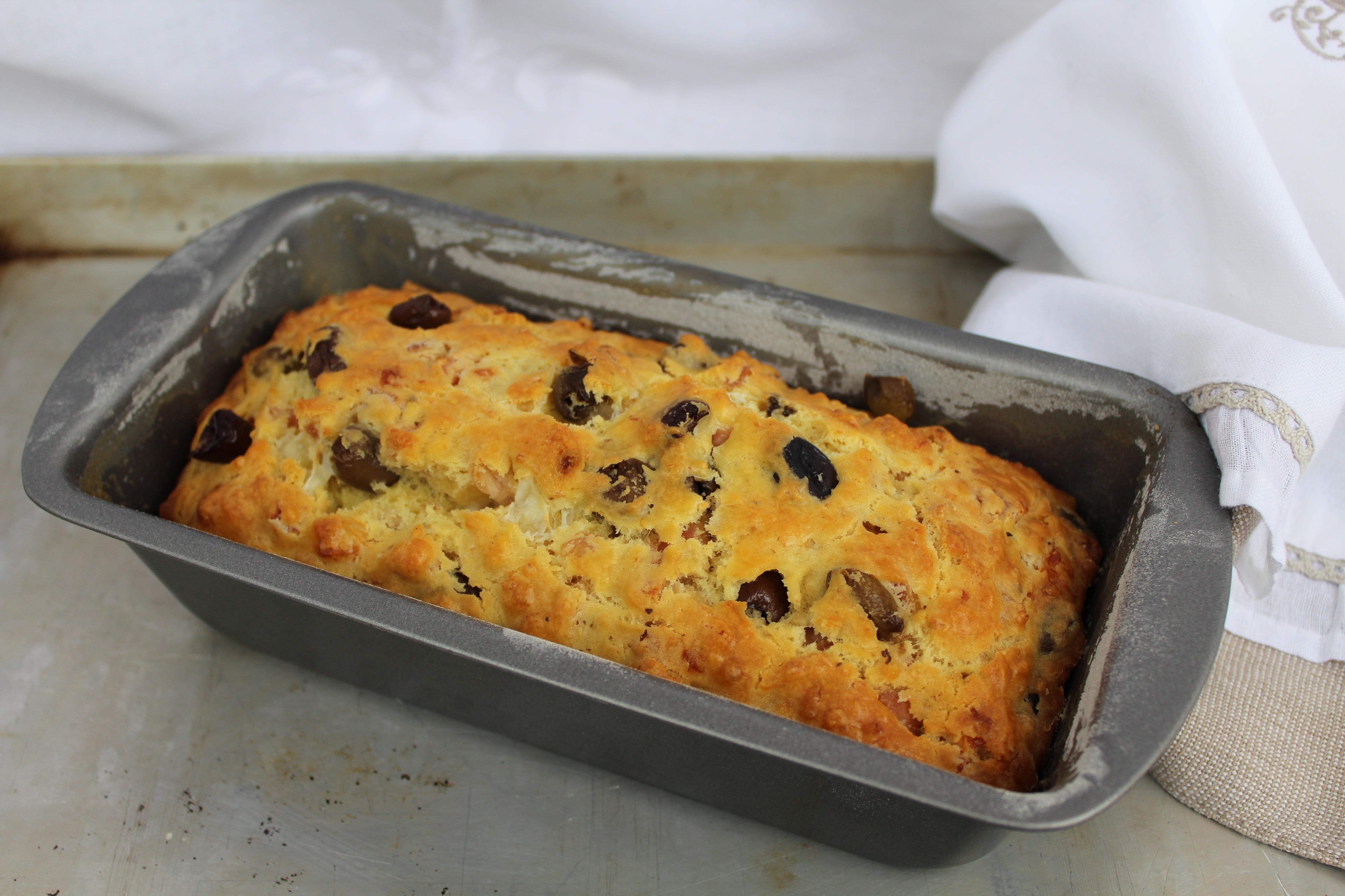 Cake alle olive taggiasche