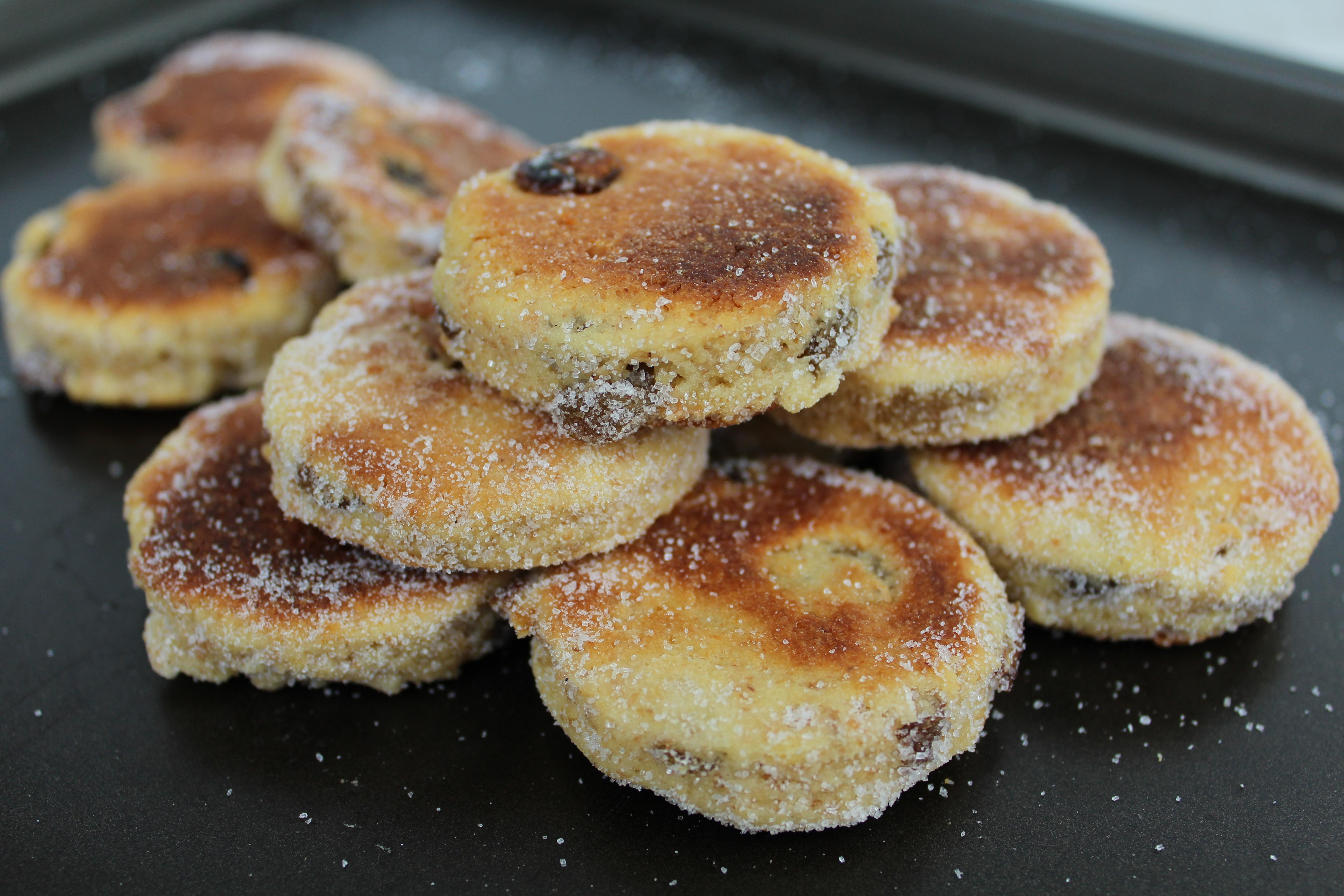 I biscotti in padella o meglio conosciuti come Welsh Cakes