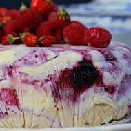 Torta semifreddo ai mirtilli e lamponi