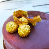 Torta moderna con frolla al cioccolato e ganache spumosa